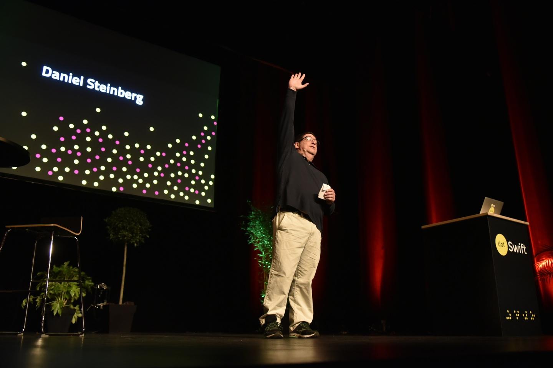 Daniel Steinberg à dotSwift 2017, photo Nicolas Ravelli, CC BY-NC-SA 2.0